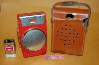 【伝説のラジオが里帰り】ソニー・TR-610 1958年スピーカー付きで世界最小AM 6石トランジスタラジオ受信機 レッド・1958年製